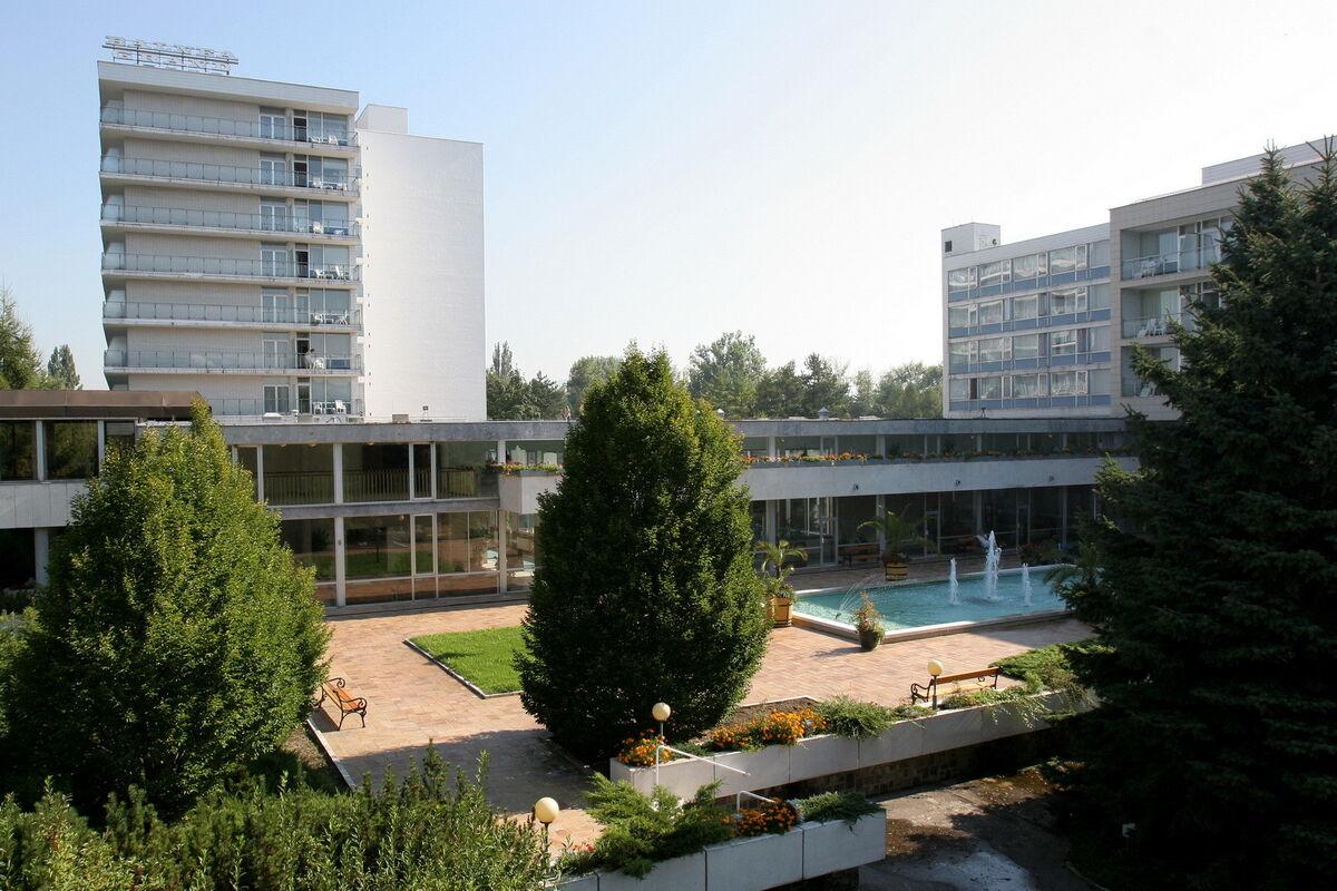 Отдых и оздоровление за рубежом Ibookmed Курорт Пьештяны Отель Spa Hotel Grand Splendid 3* - фото 1