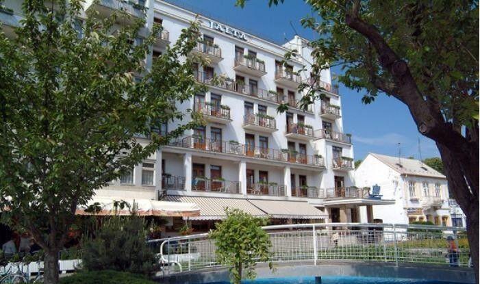 Отдых и оздоровление за рубежом Ibookmed Курорт Пьештяны отель Jalta 2* - фото 1