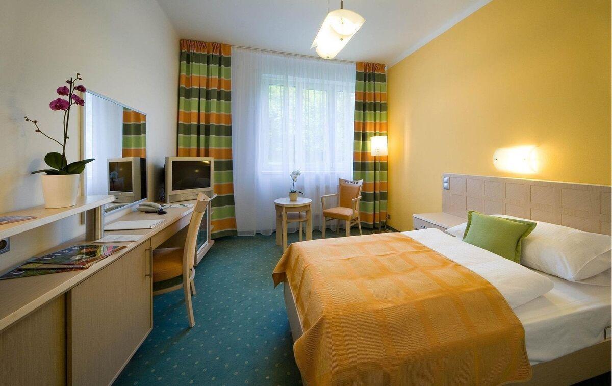 Отдых и оздоровление за рубежом Ibookmed Курорт Карловы Вары Отель Spa Resort Sanssouci 4* - фото 3