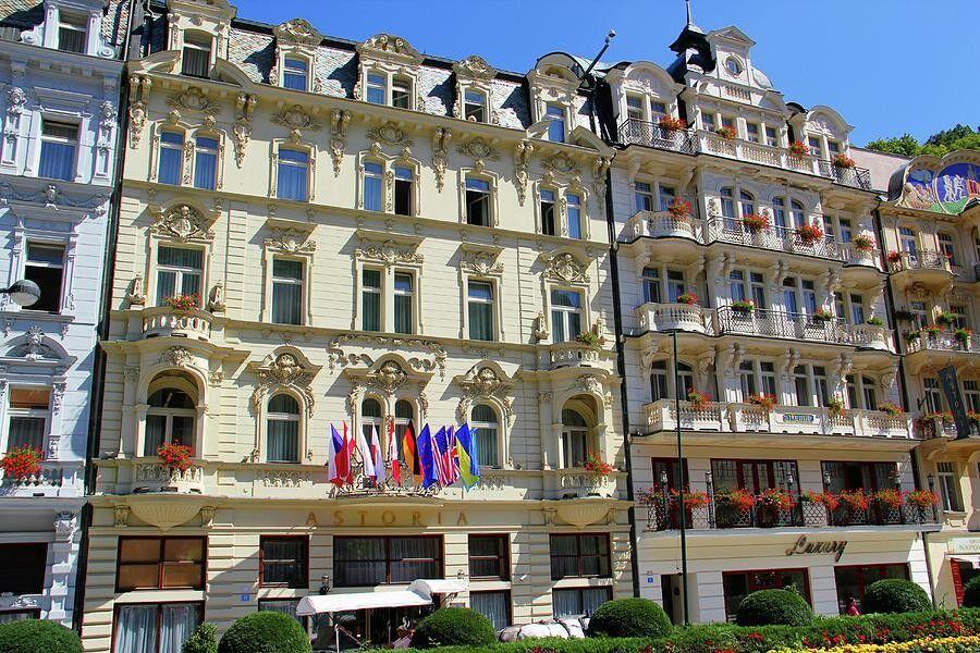 Отдых и оздоровление за рубежом Ibookmed Курорт Карловы Вары Отель Astoria 4* - фото 1