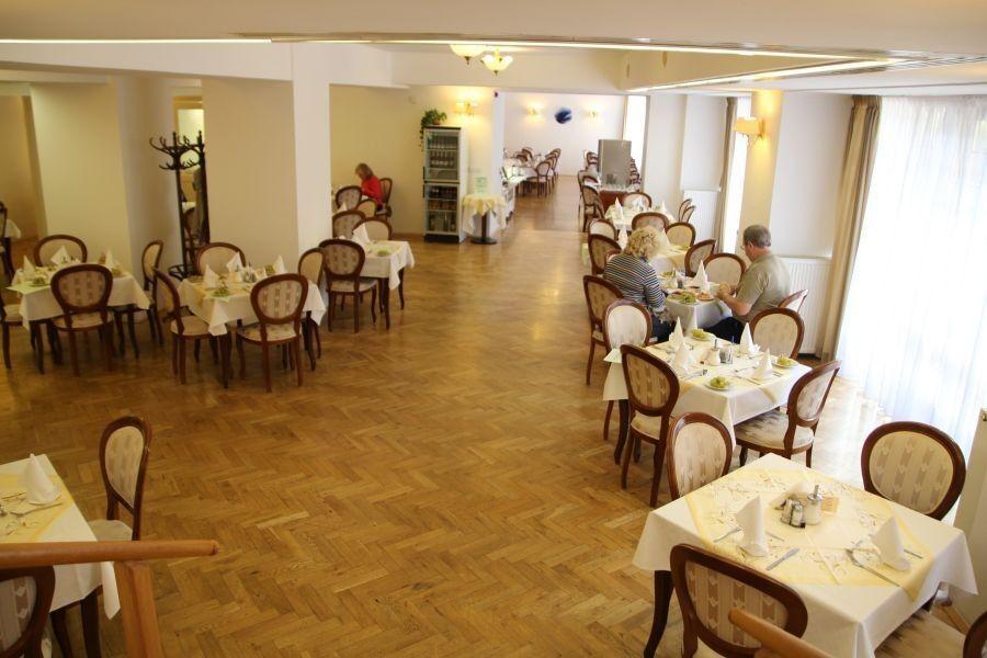 Отдых и оздоровление за рубежом Ibookmed Курорт Карловы Вары Отель Astoria 4* - фото 3