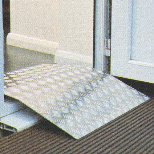 Санитарное приспособление Мега-Оптим Пандус перекатной TR 101- 78х70 - фото 1