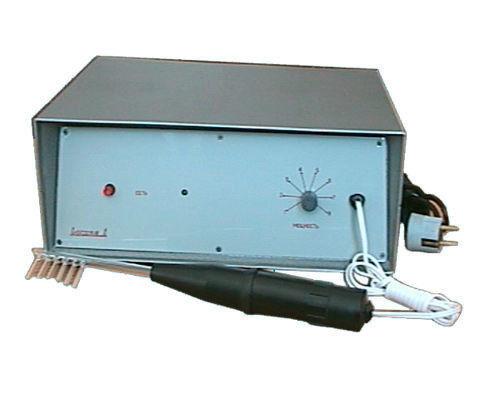 Медицинское оборудование НанЭМА Аппарат для местной дарсонвализации ламповый ИСКРА-1 - фото 1