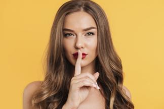 10 откровенных подкастов о сексе, любви и отношениях