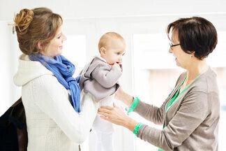 Няня для ребенка: кто и почему готов воспитывать чужих детей?